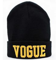 Prezzi Wool hat-Lady Hip-Hop Hat VOGUE Skull Berretti cappelli lavorati a maglia cappello del crochet della protezione delle lane degli uomini della lettera Hat berretto da baseball cap hip hop del cappello