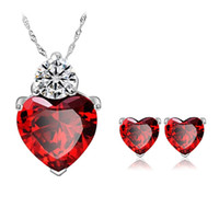Wholesale Platinum sincere heart garnet red zircon crystal necklace earrings suit foreign trade of high end fashion jewelry