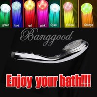 Wholesale Fashion RC Jump Change Colors LED Shower Head Hand Hand held Sprinkler Light Therapy Home Water Bath Bathroom Switch