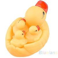 Wholesale Cute Baby Girl Boy Bath Bathing Classic Toys Rubber Race Squeaky Ducks Set Yellow