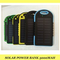 Wholesale Solar Power Bank mAH Battery backup Safety Charger Portable Emergency in iphone6 xiaomi huawei Android cellphones usb chargers