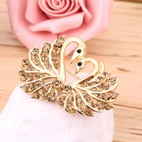 Wholesale Gold Filled Love Swan Clear Champagne Crystal Brooch Pin Jewelry Elegant Women Rhinestone Gift
