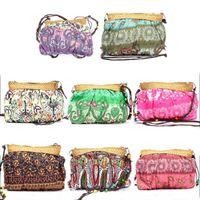 beach favor bags - Lovely Novelty Bohemian Straw Bag Fashion Handmade Purse Beach Party Wedding Favor Small Phone Shoulder Bags
