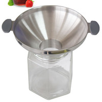 Wholesale 304 large caliber stainless steel funnel kitchen oil drain wine funnel refueling pickle honey filling tool