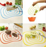 Wholesale pieces Household Scrubs PP Transparent Classification Cutting Board Cut Fruit Plate Antibacterial Skid