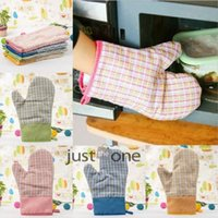 Wholesale Plaid Oven Mitten Glove Pot Holder Heat Pain Resistant Proof Hand Protector Hand Gloves