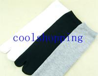 Wholesale DHL Freeshipping Clogs Socks Men s two toe socks fashion clogs socks for women and men TABI socks