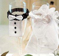 Wholesale 1 pair Bride Groom Tux Bridal Veil Wedding Party Toasting Wine Glasses Decoration