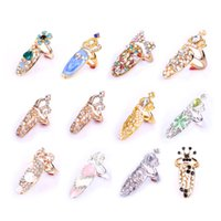 Wholesale Fashion Finger Nail Art Design Ring Jewelry Crown Crystal Fake Nails for Women