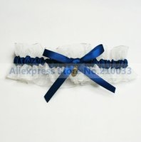 Wholesale Organza Wedding Garters With Royal Blue Bowknot Pendant Personalized Bridal Garters for Wedding Retails