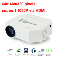 Wholesale Factory Direct Sales Full HD LED Projector Pixels High Brightness Lumens Portable Projector UC30