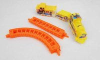 Wholesale Sales promotion electric DIY orbit yellow small suit rail cars Built in battery lay in children toys