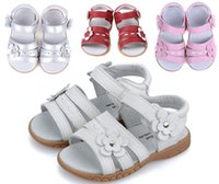 Wholesale 2015 Girls genuine leather sandals white pink velcro strap open toe with flowers summer new arrival girls shoes kids shoesTZ044