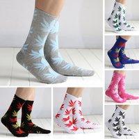 Cheap 3 PC winter cotton socks couple street basketball sports skateboard socks maple leaf pattern calcetines YK0039