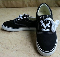New free shipping casual canvas shoes, flat pattern stripes lovers