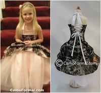 Wholesale Camo Blush Pink Flower Girl Dress Halter Lace up Back Girls Tulle Skirt Floor Length Cute Children Wedding Dress