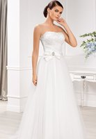 Wholesale Strapless Party Wedding Dresses A line Bow Ribbon With Applique And Beads Sash Tulle Sleeveless Sweep Train Birdal Dresses