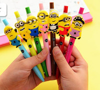 Wholesale Cute Cartoon Kawaii Lovely Despicable Me Minions Semiautomatic pen Black Gel pen for Kids Gift a973