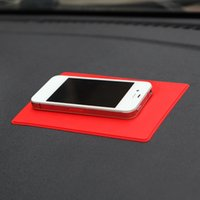 Wholesale Large Chinese flag non slip mats super magic car skid pad silicone slip pad mobile phone