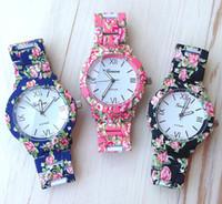 aw glass - New Fashion Floral Flower GENEVA Watch GARDEN BEAUTY BRACELET WATCH Women Dress Watches Quartz Wristwatch Watches AW SB
