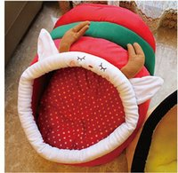 Wholesale Cute Warm Reindeer Bee Design Pets Nests With Lid Washable Suede Puppy Kennels With Mats Pets Dogs Cats Beds