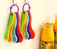 Protección del medio ambiente ABS cuchara de medición 5 piezas traje combinado cuchara sazón con escalas de medición de cuchara Keshao cuchara de leche en polvo