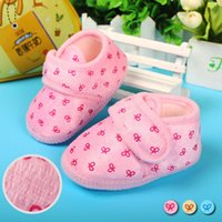 baby buckle pad - Cute baby coral velvet Magic stick ball warm shoes cotton padded shoes baby shoes size cm colors