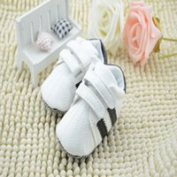 baby velcro shoes - New Infant Baby Soft Sole Unisex Sneaker Shoes With Stripe And Velcro Soft Newborn Baby Footwear KS81205