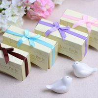 Wholesale New Arrival quot Love Birds In The Window quot Ceramic Salt Pepper Shakers Wedding Party Favor Gifts Supplies pairs