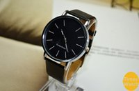 Wholesale High quality leather quartz watch popular men women luxury simple design black Analog Display Montre Homme