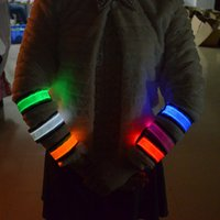 Wholesale Christmas Festivities Ceremony Fluorescent Wrist Band Comfort Glowing Night Accessories Stylish Safety Comfort LED Toys
