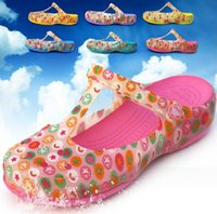 beach slippers women - 2015 Sandals print hole shoes sandals female flat heel slippers jelly shoes sandals mules cloges garden shoes Mules Sandals for women
