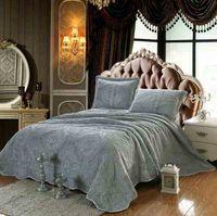 Wholesale Plain Color Quilting Quilt Sets Three Color Superfine Fiber Fabrics Paisley Bedspreads Coverlets Bedding Sets Queen Size Four Seasons
