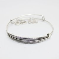 Cheap Wholesale New Fashion Bracelets Jewelry Bracelets Alex Bracelets Bangle Bracelets For Women Silver Gold Chinese Knot Tree leaf Cross Queling