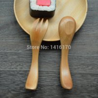 Wholesale 2015 New Arrival Tongue Pressing Type Wood Solid Utensils baby spoon fork set cucharas para bebes cartoon character feeding