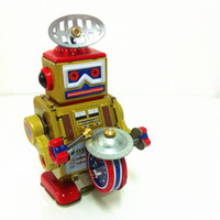 Wholesale Classic collection Retro Clockwork Wind up Metal Walking Tin Band Play gong drum robot recall Mechanical toy kids christmas gift