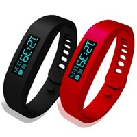 Wholesale Bluetooth Smartband Bracelet Pedometer Fitnesstracker Health Activity Tracker Silicone Smartwatch e Watch Colorful Wrist Band