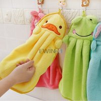 Wholesale Hot Selling Cute Animal Microfiber Kids Children Cartoon Absorbent Hand Dry Towel Lovely Towel For Kitchen Bathroom Use