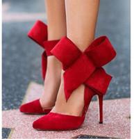 al por mayor sexy high heels-Las nuevas mujeres mariposa grande del nudo zapatos de tacón alto atractivas de la mujer sandalias de rosa del verano remendó Negro Rojo Color de señora Shoes KB106