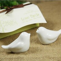 Wholesale 2015 quot Love Birds In The Window quot Ceramic Salt Pepper Shakers Wedding Favors party favors accessories gifts for guests
