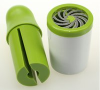 Wholesale Herb Grinder Parsley Chopper Grater Herb Mill chops Vegetable Grinder Mills Minces Quickly Simple Wrist Twist Motion
