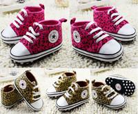 al por mayor zapatos de los bebés de color amarillo-2015 zapatos de bebé ocasionales del leopardo, zapatos del niño de la estrella, zapatos de lona rojos / amarillos de los cabritos, zapatos del caminante de las muchachas / de los muchachos, deportes unisex shoes.6pairs / 12pcs.C