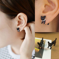 Wholesale Best selling Black Punk Stereoscopic Cat Kitten Impalement Stud Earring Cool Simple Lady Stud Earring W474