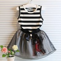 line sets - 2015 Summer New Fashion Girls Cute Sets Children Line T shirt Pleated Skirts Suits Kids Favorite Summer Clothes Baby Sets