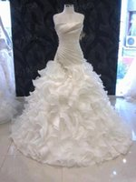 best strap lines - Best Selling A Line Wedding Dresses Strapless Lace up Ruffled Skirt Organza Sweep Train Beaded Bridal Gowns Cathedral Wedding Gowns