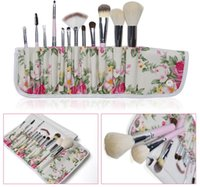 Wholesale Professional Eyeshadow Cosmetic Makeup Brushes Sets Brush Soft Kits With Foldable Holder Floral Bag