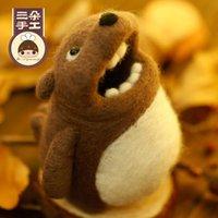 bear canister - three greedy Bear Canister DIY materials suits of wool felt poke fun handmade DIY materials package