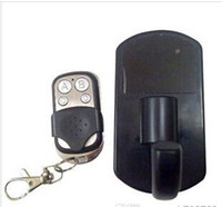 Wholesale 1280 HD Motion Detection Clothes Hidden Hook Camera with Remote control Sold by yh790723