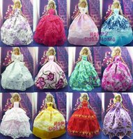 doll shoes - Random Pick Items Wedding Dress Princess Gown Pairs Shoes Pink Hangers Clothes For Barbie Doll Gift Baby Toy A3
