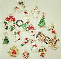 2014 nouvelle mode mixé émail plaqué argent émail Noël Charms pendentifs pour Noël flottant breloques médaillon